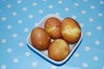Ägg färgade med lökskal